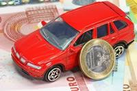 Kredit mit rotem Auto